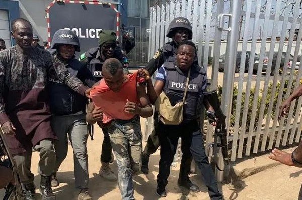 Police Arrests Mpape Armed Robbers