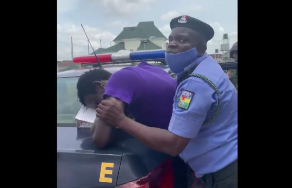 Police Allegedly Spotted Brutalizing Security Guard