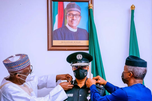 Yemi Osinbajo Decorates New Acting IGP Usman Alkali Baba 2