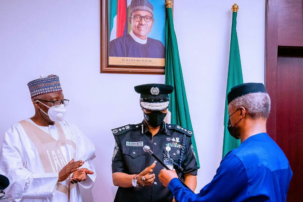 Yemi Osinbajo Decorates New Acting IGP Usman Alkali Baba 3