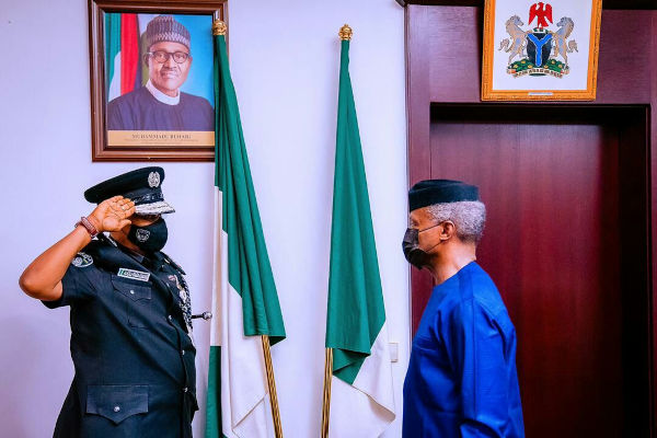 Yemi Osinbajo Decorates New Acting IGP Usman Alkali Baba 4